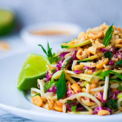 raw pad thai, ayarah, vegan